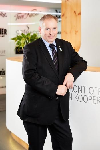 FL Peter BINDERLEHNER, BEd